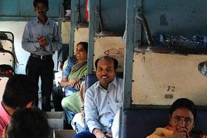Туристическая компания Корпорация Туристического Развития Андхра-Прадеш арендует вагон для поездки