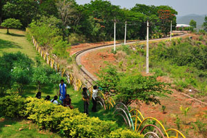 Путь поезда, циркулирующего по кругу
