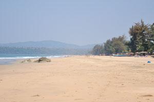 Вид пляжа Агонда с юга на север