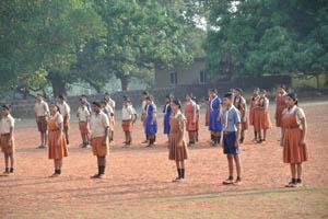 Ученики одеты в школьную форму