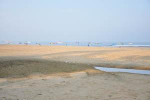 Рано утром на пляже Бага
