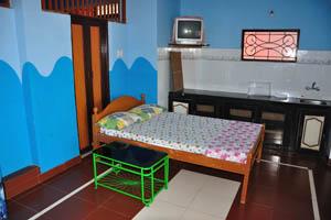 Номер с видом на море в гостевом доме Рыбака: небольшая кухня