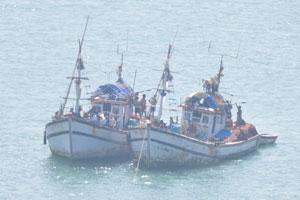 Две рыбацкие лодки