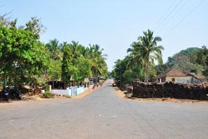 Парковочная площадь перед фортом