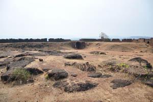 Входные ворота, вид из середины форта