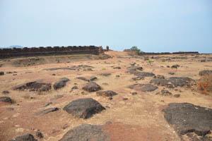 Стена и башня крепости