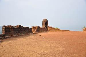 Гладкая поверхность земли форта