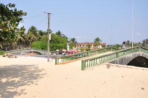 Эти мосты соединяют Колву и её пляж