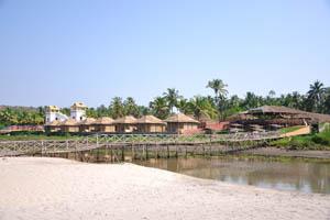 Мост в ресторан Дюны