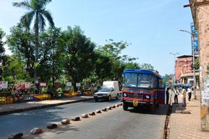 Городской сад Маргао: автобусная остановка на южное направление
