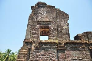 Руины комплекса св. Августина, остатки второго яруса