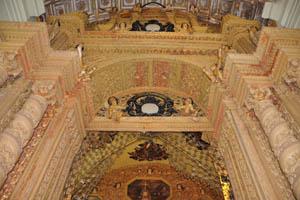Базилика Бом Иисус, внутренние украшения в церкви иезуитов