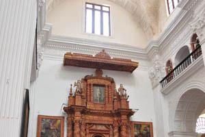 Церковь св. Каэтана, Иисус на кресте