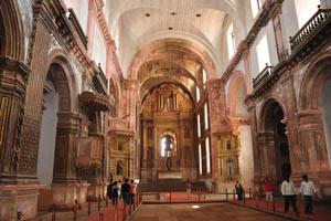 Церковь св. Франциска Ассизского, главный алтарь