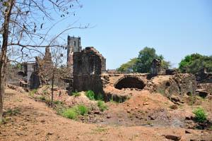Руины комплекса св. Августина, подземная комната