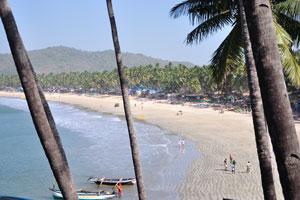 Вид с южной точки на южную часть пляжа