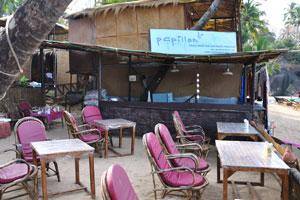 Роскошные пляжные хижины и пляжный ресторан Папиллон