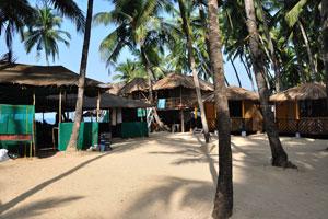 Кокосовые хижины Хай-Тайд: внутренний двор