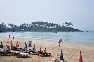 Вид от 'КоКо хижины Специя жизни' на пляж Палолем