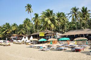Пляжный бар и клуб Кафе дель Мар