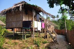 Пляжные хижины Ордо Сунсар: хижина с соломенной крышей