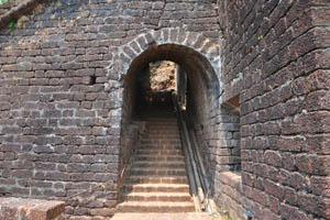 Лестница построена внутри здания