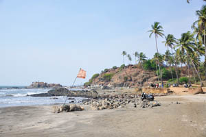 Маленький Вагатор: красный флаг на пляже