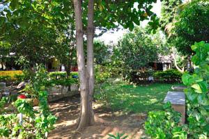 Шри Ума Шанкар, зелёный двор