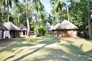 Гостевой дом Место Манжу, хижины из глины и соломы