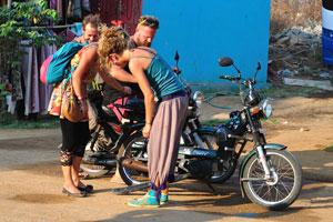 Четыре путешественника и их мотобайки
