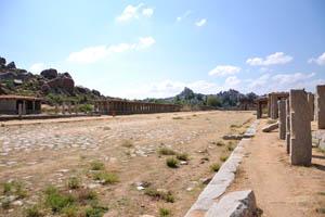 Храм Ачуита Райяс в дальнем конце улицы Куртизанок