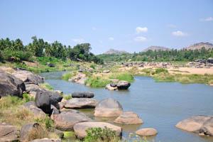 Островок на восхитительной реке Тунгабхадра