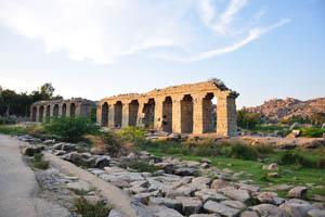 Акведука Букки в закат