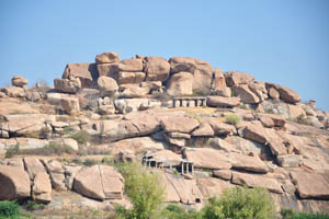 Храмы и скалы