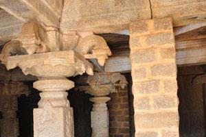 Внутри главной святыни