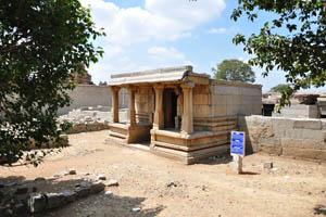 Храм Вишнупада