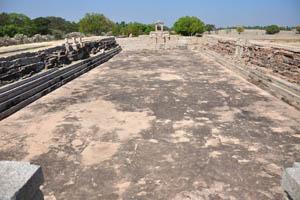 Древний стадион возле общественной бани