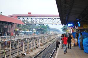 Станция Мадгаон в 6:54