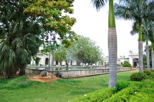 Королевские пальмы, пушки и фонтаны