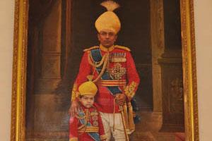 Портрет королевской семьи: отец и сын