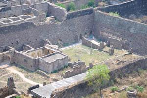 Кластероподобный вид форта