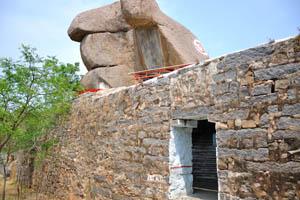 Один из входов в храм Шри Джагадамба Маханкали