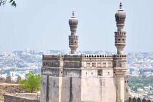 Одна из мечетей форта