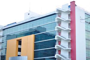 АйТи здание в начале XXI века