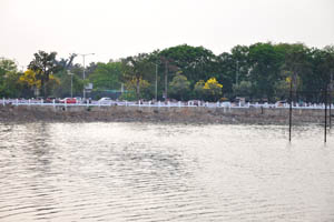 Вид с лодки на Неклас Роад