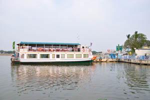 Двухэтажный корабль