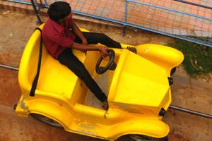 Электрический автомобиль и его водитель