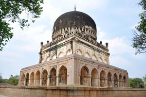 Гробница Мохаммеда Кутб Шаха 6-го