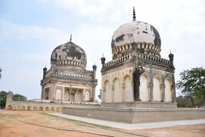 Гробница Ибрагима Кули Кутб Шаха Вали