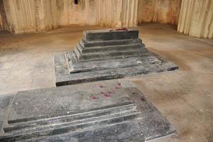 Гробница Ибрагима Кутб Шаха IV внутри